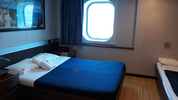 Une cabine du bateau de croisière Europa de Minoan Lines