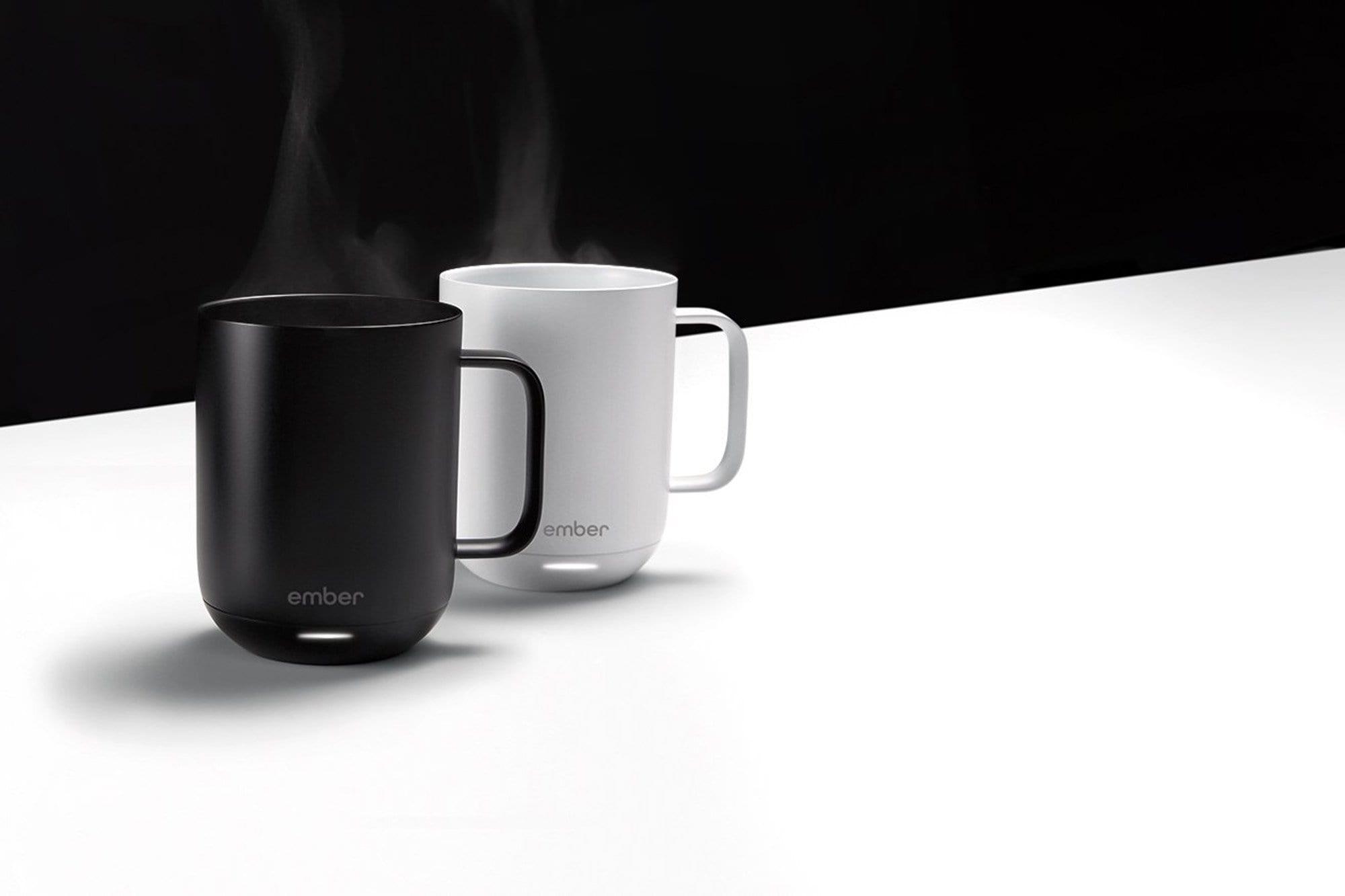 """Ember est la tasse à café qui maintient la température pendant des heures, des heures et des heures ... """"width ="""" 2000 """"height ="""" 1333"""