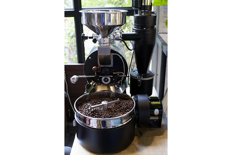 """(Machine à café expresso Une histoire de plus de 100 ans) """"width ="""" 750 """"height ="""" 500"""