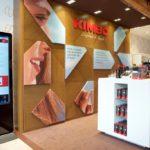 l'Express de Naples ouvre le magasin temporaire de Milan