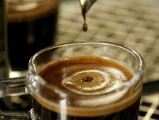 """""""Nous allons le boire étrangement"""": adieu à l'espresso, le café a changé"""