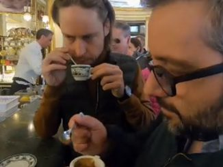 """Êtes-vous sûr que le meilleur expresso est italien? Le mythe de la """"tazzulella' e cafè """"s'effondre"""
