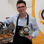Stefano Cevenini est le vainqueur du championnat barista d'Inei