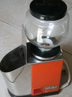 Bol de travail rapide en verre moulin à café est un morceau de cru