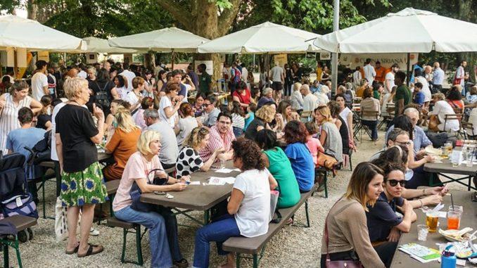 <pre><pre>Sois Pop! La journée des réfugiés au Caffè Nemorense