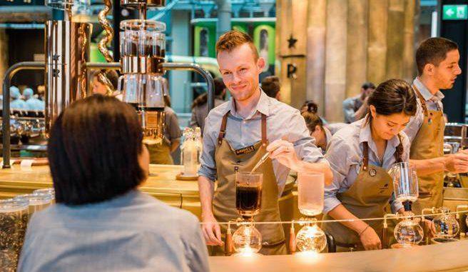 <pre><pre>Turin, Starbucks s'ouvre au centre. Défi à Lavazza et Vergnano