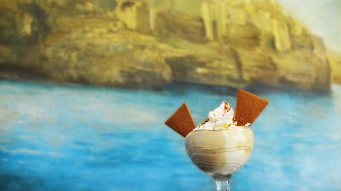 <pre><pre>Polignano a Mare rend hommage aux 60 ans de Volare di Modugno avec une nouvelle coupe de glace