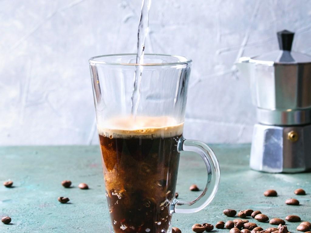 Café en été: café pétillant