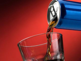 Boissons énergisantes: consommation croissante chez les jeunes. Risques pour le coeur