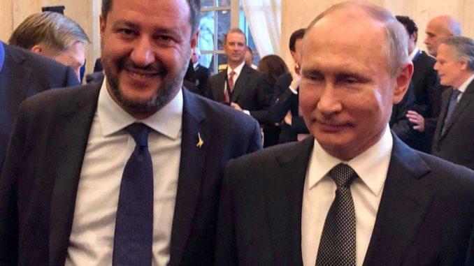 <pre><pre>Buzzfeed publie un audio qui révèle les tentatives du bras droit de Salvini d'obtenir un financement russe