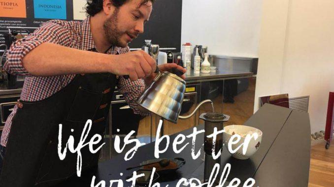 <pre><pre>L'analyse organoleptique du café parmi les nouveaux cours de Altascuola Coffee Training de Milani