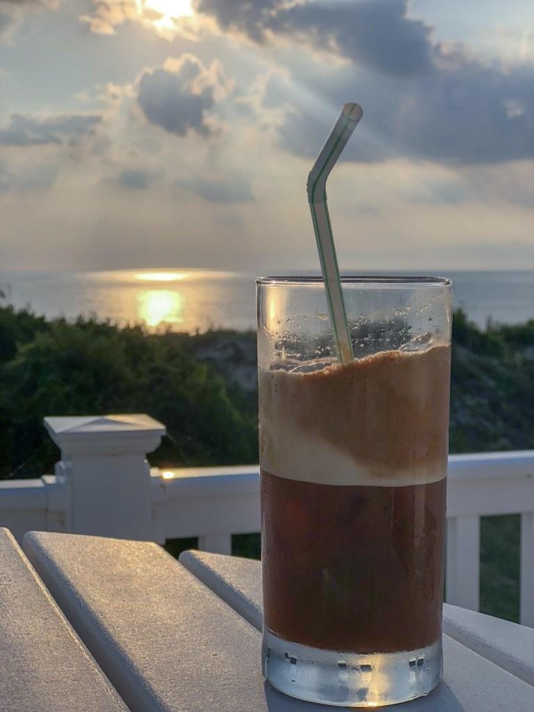 Café grec avec café instantané Dersut