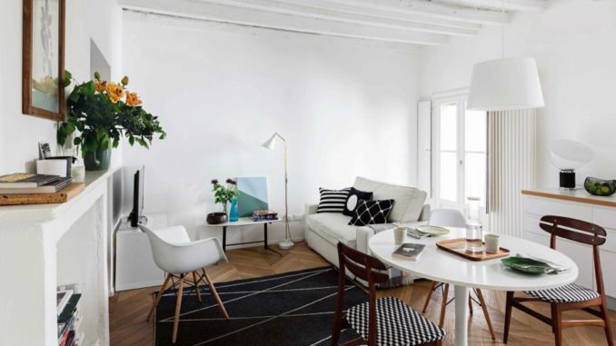 <pre><pre>Mini appartement de deux pièces de 45 mètres carrés avec poutres apparentes en blanc