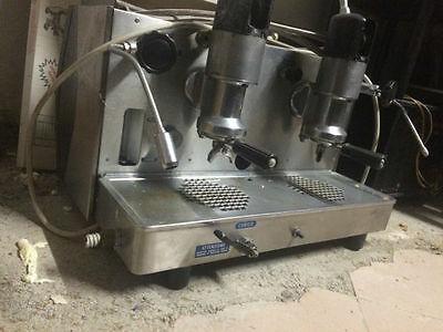 Faema Zodiac Coffee Machine 2 Groupes Vintage Collection Emi des années 60