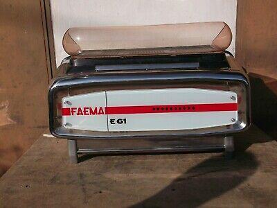 machine à café machine à café FAEMA et 61 3 gr. 1964 à réviser