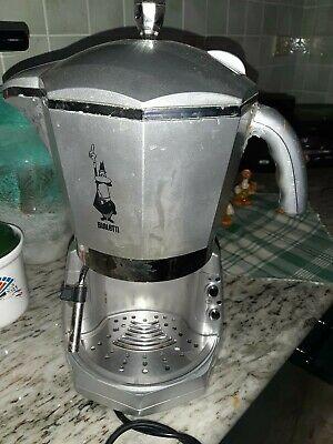 BIALETTI MOKONA TRIO. Machine à café expresso ne fonctionne pas