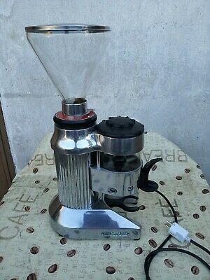 Moulin à café Faema, moulin fp révisé nouveau moteur 220 v. PRÊT À UTILISER