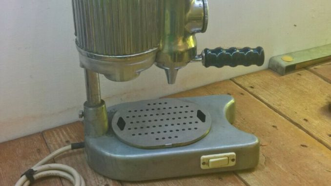 <pre><pre>MACHINE À CAFÉ FAEMA Faemina 60s - 310,00 EUR