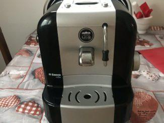 MACHINE À CAFÉ LAVAZZA A Modo Mio Saeco Extra - 14,00 EUR