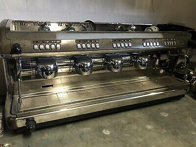 Cimbali M39 Machine à café 4 groupes - Armes COMPLÈTEMENT RÉVISÉES ET GARANTIE