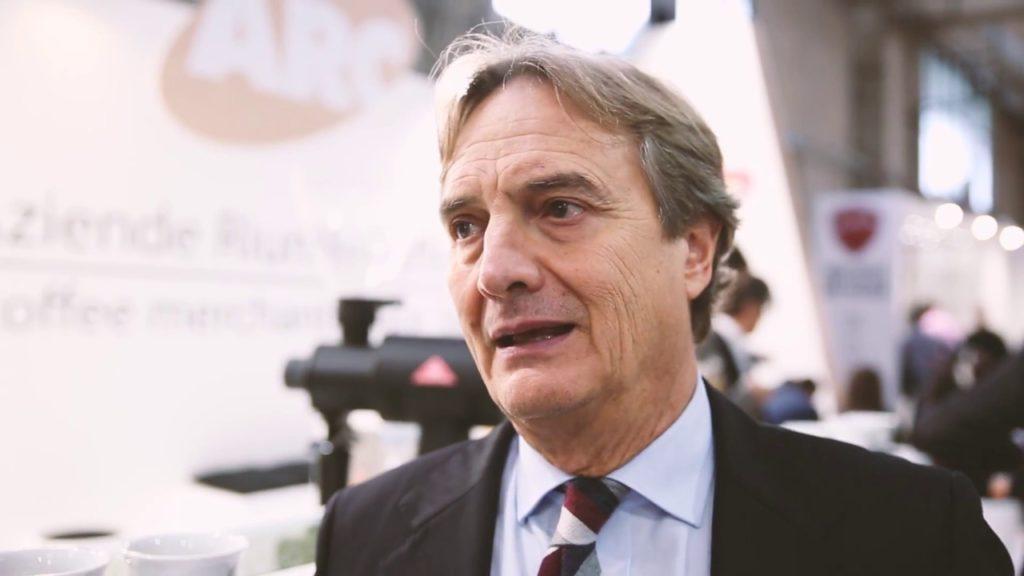 """Giorgio Grasso de l'Arc, des entreprises unies dans le café de Milan """"width ="""" 640 """"height ="""" 360"""