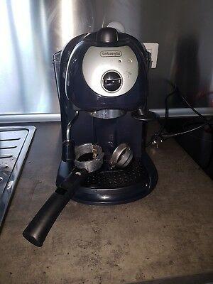 Machine à café expresso / cappuccino Delonghi