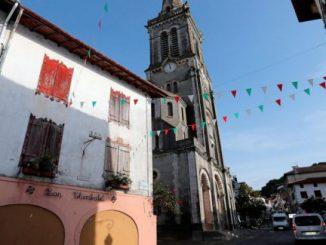Perk up: Francia resuscitates morire villaggi di 1 caffè alla volta Notizia