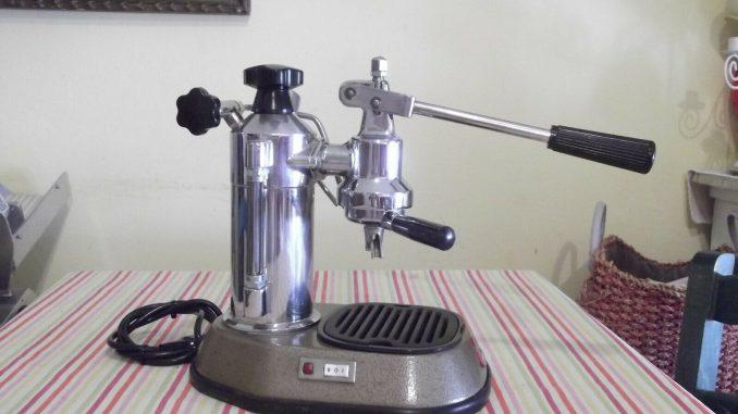 <pre><pre>Machine à café les paons des années 70 - 165,23 EUR