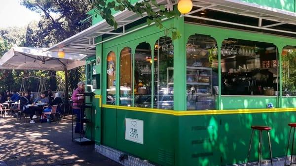 tram depot caffe-2-2