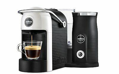 Machine à café Cappuccino Lavazza à Modo Mio Jolie et lait blanc