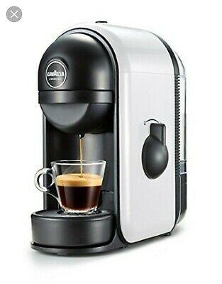 Machine à café Lavazza dans mon lot de pièces de rechange complet