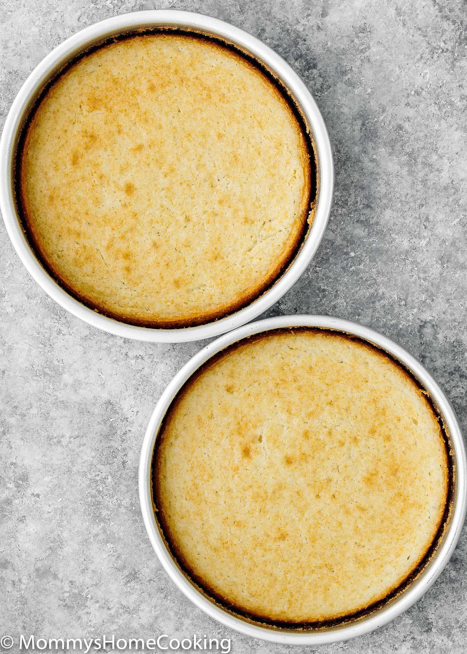 """Est-ce que vous ou quelqu'un que vous aimez êtes allergique aux œufs? Ou avez-vous juste manqué d'œufs? Ne paniquez pas! Vous pouvez toujours faire ce gâteau en boîte dont vous avez envie. Apprenez mon astuce sur comment faire une boîte de mélange de gâteau sans oeufs. Pratique pur et incroyablement délicieux! https://mommyshomecooking.com """"width ="""" 750 """"height ="""" 1050 """"srcset ="""" https://mommyshomecooking.com/wp-content/uploads/2018/05/How-to-Make-a-Cake-Mix -Box-without-Eggs-2.jpg 1500w, https://mommyshomecooking.com/wp-content/uploads/2018/05/How-take-make-a-Cake-Mix-Box-without-Eggs-2- 214x300.jpg 214w, https://mommyshomecooking.com/wp-content/uploads/2018/05/How-to-Make-a-Cake-Mix-Box-without-Eggs-2-768x1075.jpg 768w, https: //mommyshomecooking.com/wp-content/uploads/2018/05/How-take-make-a-Cake-Mix-Box-without-Eggs-2-700x980.jpg 700w """"tailles ="""" (largeur maximale: 750px ) 100vw, 750px"""