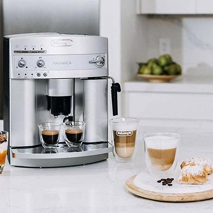 cafetière et machine à expresso avec moulin les meilleures machines à expresso sur amazon selon les commentateurs