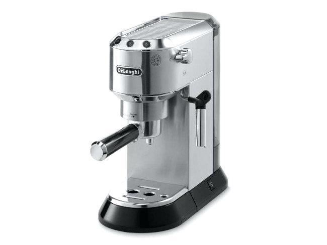 cafetière et machine à expresso avec une machine à expresso à moudre