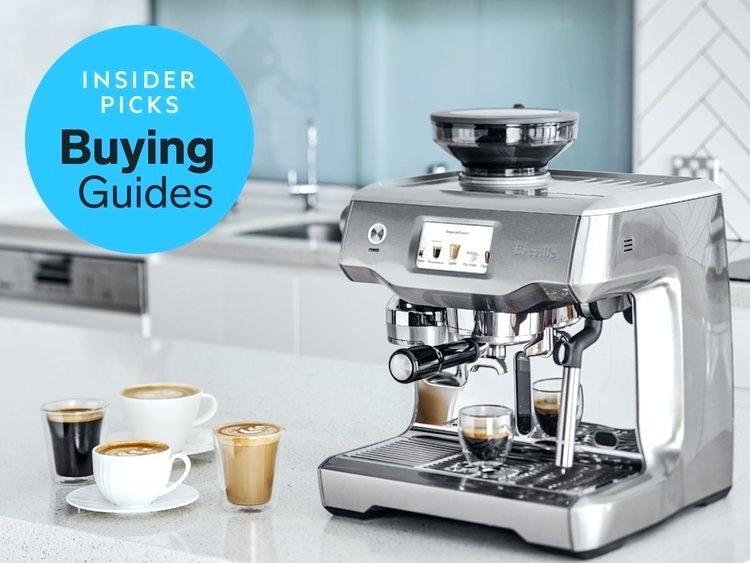 cafetière et machine à expresso avec une machine à espresso à moudre