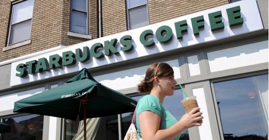 """<pre><pre>Starbucks à Turin: """"Nous allons donner du travail à 40 personnes et ouvrir de nouveaux locaux"""""""