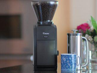 Le meilleur moulin à café en 2019: Breville, Baratza, OXO, etc.