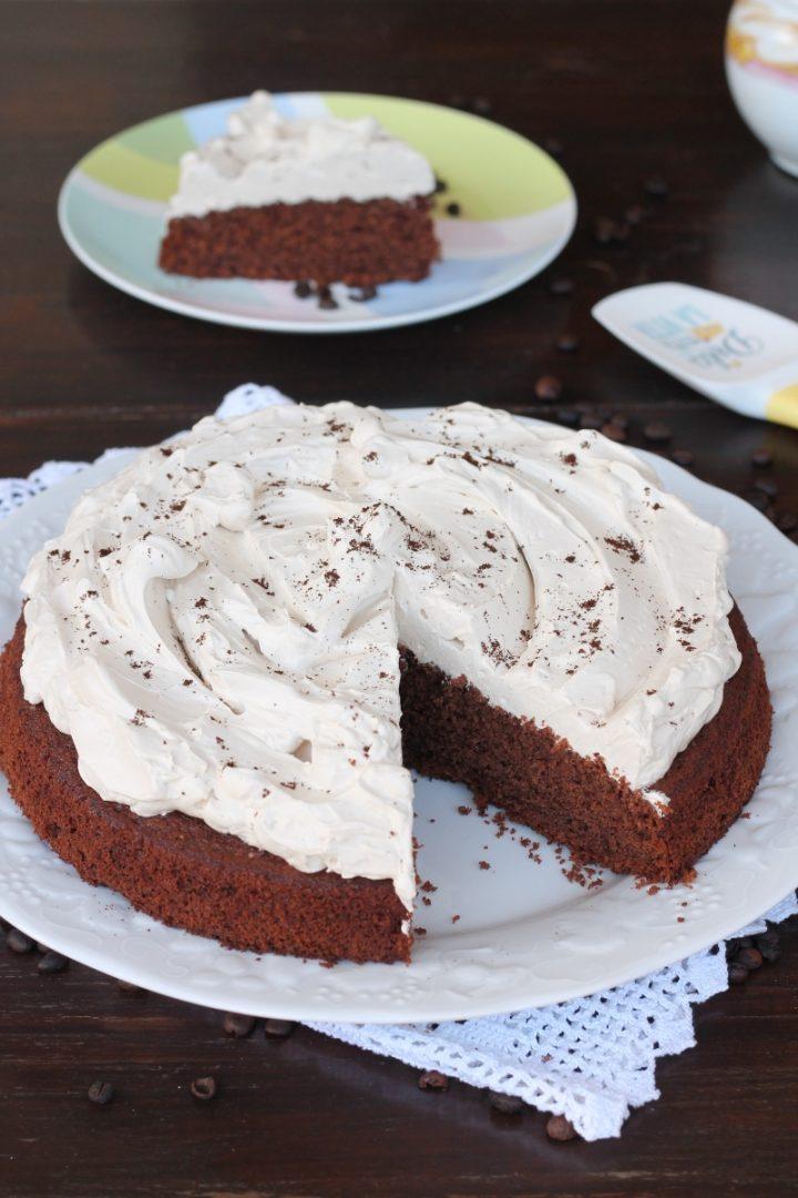 Gâteau au chocolat avec glaçage au café recette de gâteau au cacao et de crème au café