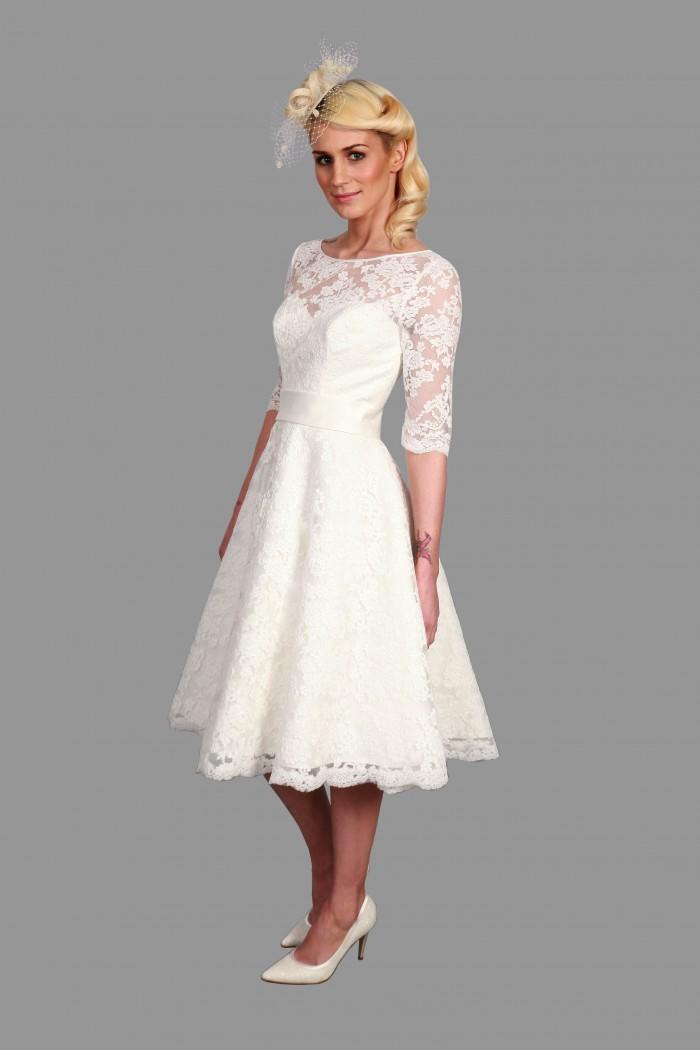 Mae dentelle manches courtes robe de mariée de thé