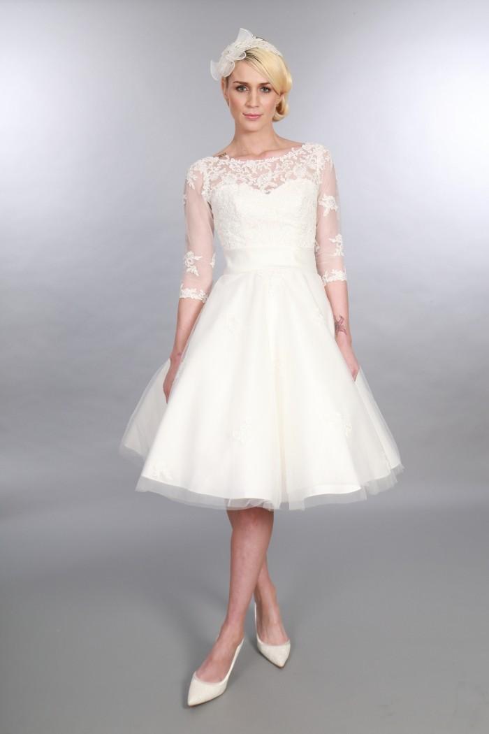 Polly - Robe de mariée de longueur de thé chic intemporelle manches d'inspiration vintage (2)