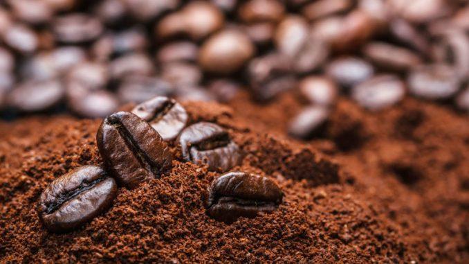Ce plaisir appelé café qui implique les personnes âgées et les milléniaux