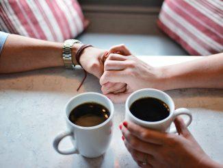 Qu'arrive-t-il à ceux qui boivent trop de café? Incroyable, voici la vérité