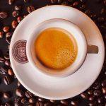 Café décaféiné, propriétés et santé. Ça fait mal? Ce que vous devez savoir
