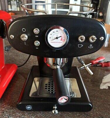 Machine à café Illy X1 Francis Francis Trio Dosettes Espresso Ierespresso Italie