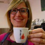 Pura Vida Café entre dans la discussion sur le prix de la tasse