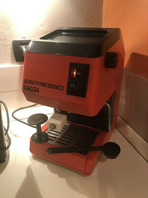 Machine à café espresso Gaggia vintage. Usagé de travail + pièces de rechange utilisées.