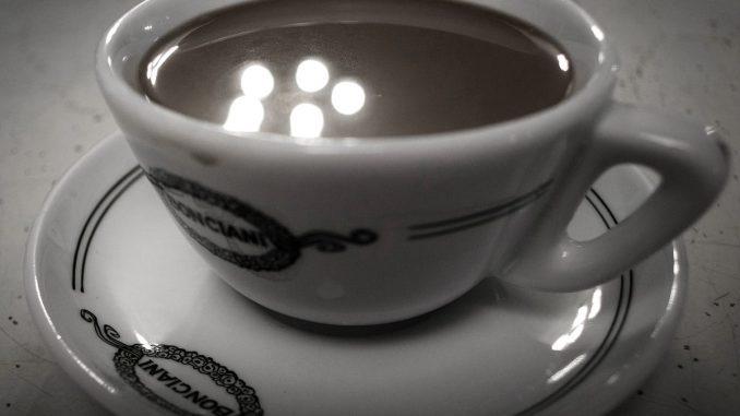 Café en Italie - Wikipédia