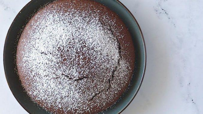 Recette de gâteau au chocolat sans œufs et sans produits laitiers
