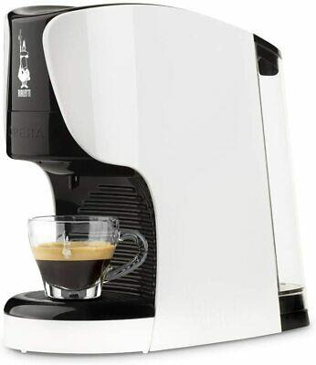 Machine à café Bialetti modèle Opera avec capsules de différentes couleurs