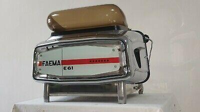 Machine à café Faema E61 2 groupe 17 10 1963 avec nivellement automatique